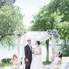 Wedding photographer Ekaterina Savchenko (savchenkokaty). Photo of 11.08.2016