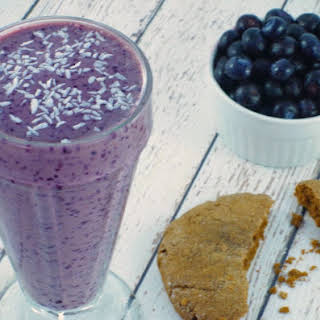 Dairy Free Blueberry Cookie Butter Dream Smoothie.