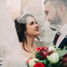 Wedding photographer Yuliya Petrova (Petrova). Photo of 11.11.2017