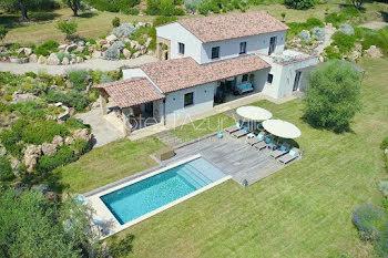 villa à Châteauneuf-Grasse (06)