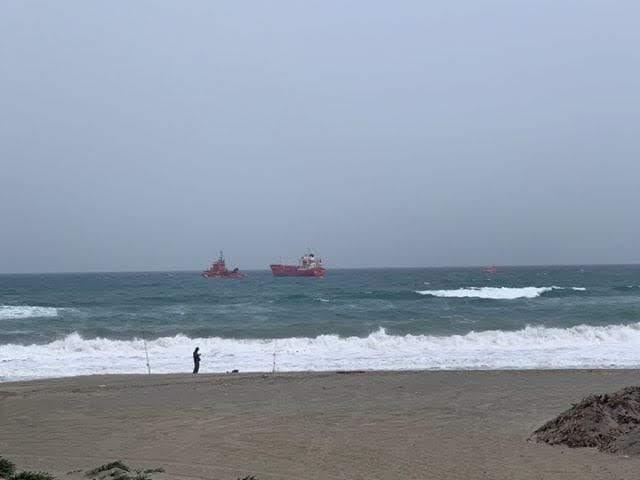 Un buque petrolero queda a la deriva en la entrada de la Bahía de Algeciras según denuncia Verdemar