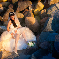 Wedding photographer Valeriy Sarapinas (Finests). Photo of 20.08.2015