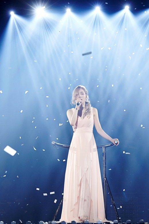 taeyeon gown 44