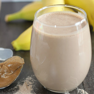CHOCOLATE BANANA PROTEIN SMOOTHIE.