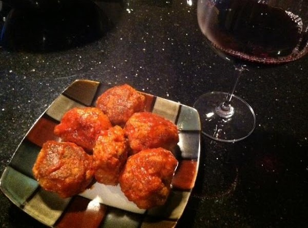 PREHEAT OVEN TO 400 N PLACE MEATBALLS ON BAKING PAN 1/2 INCH APART. AFTER...