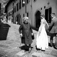Wedding photographer Elia Falaschi (falaschi). Photo of 18.01.2014
