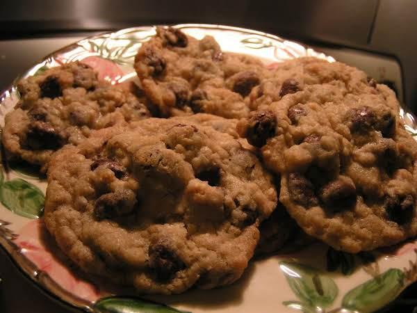 Oatmeal Raisinet Cookies Recipe