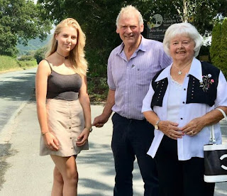 Councillor and grand-daughter launch Guilsfield footway campaign
