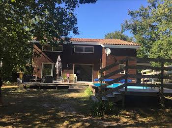 maison à Naujac-sur-Mer (33)
