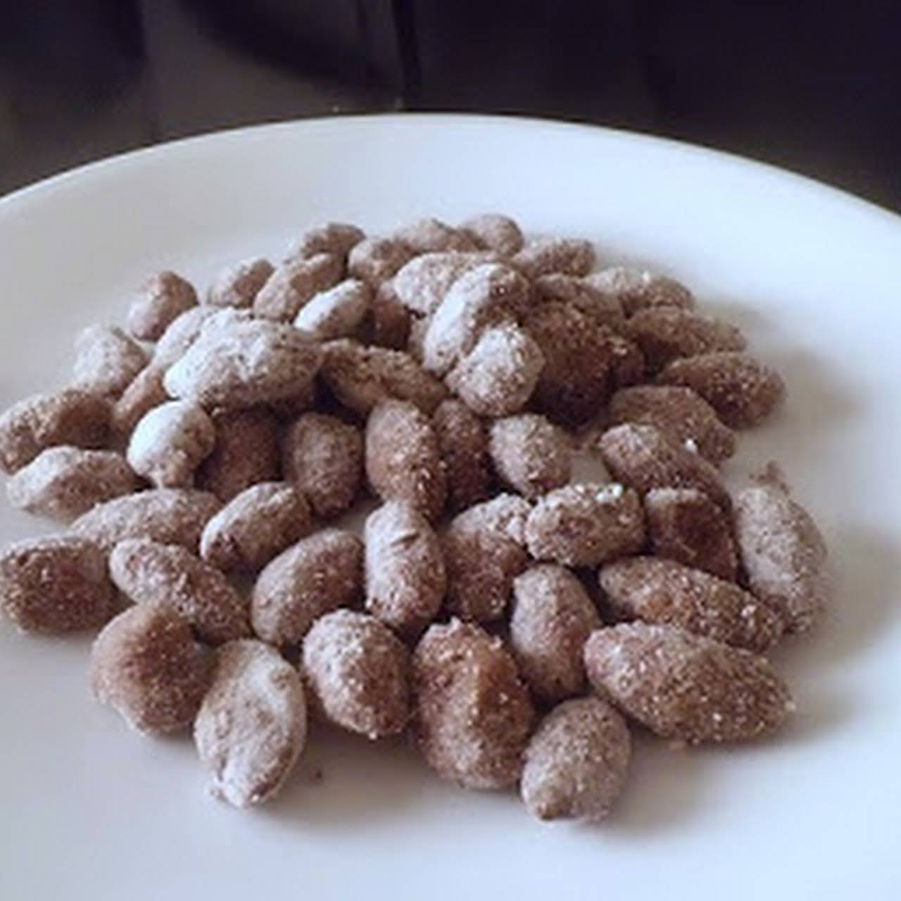 """Low Carb """"Puppy Chow"""" Almonds"""