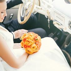 Wedding photographer Vladimir Dolgov (Dolgov). Photo of 17.11.2014