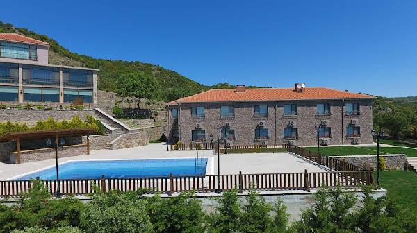 Casa Galini Hotel & Restaurant +12