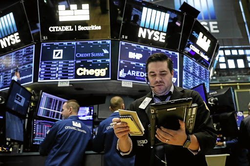 MARKET WRAP: JSE edges higher on easing trade tension