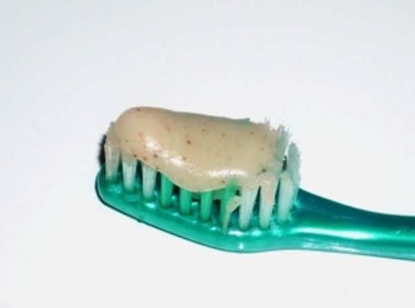 Easy Home Made Toothpaste