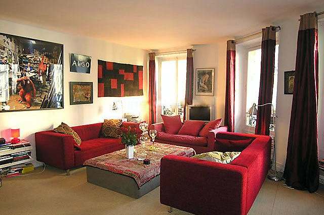 Living area at 3 bedroom Apartment Rue Du Cherche Midi, St Germain