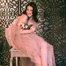 Wedding photographer Anna Belousova (belousova93). Photo of 06.12.2017