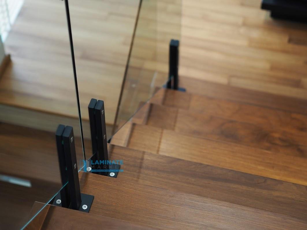 Glass Railing BY LAMINATEMARKET