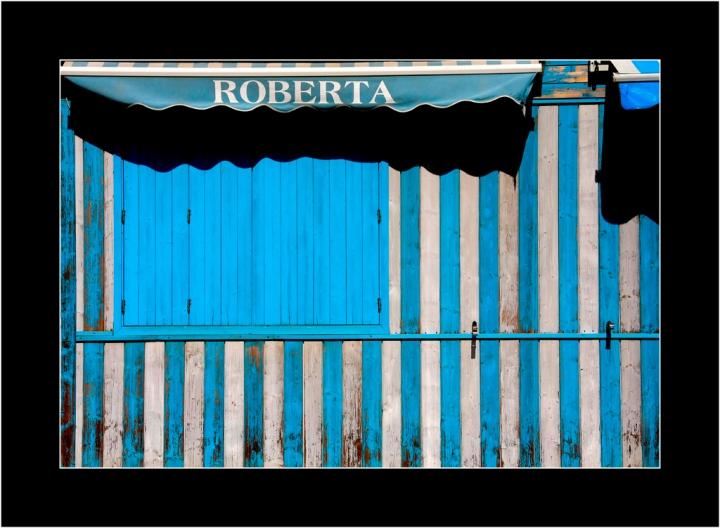 Roberta non c'e'. di ETTORE STABILINI
