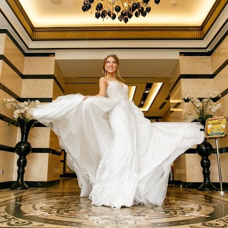 Wedding photographer Petr Letunovskiy (Letunovskiy). Photo of 10.12.2017