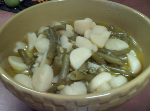 Whole Potatoes With Green Beans Recipe