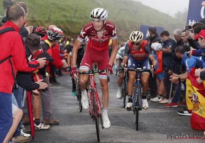 """Peloton over de helse Vuelta-klim: """"Zonder volk was ik te voet gegaan"""" & """"Zelfs met de auto moeilijk om boven te komen"""""""