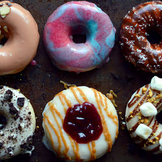 6 Vegan Donuts – Baked & Frosted.