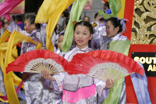 Locals usher in the Chinese New Year with a colorful parade in San Francisco's Chinatown each January or February.