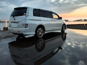 アイシス ZGM15W プラタナリミテッド4WDのカスタム事例画像 レナカズさんの2020年07月13日21:36の投稿