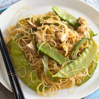 Stir Fried Noodles with Chicken and Snow Peas.