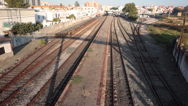 """Andalucía por Sí critica a Podemos en Algeciras por """"ponerse una medalla con una inversión para el tren que no está aprobada"""