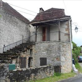 maison à Belmont-Bretenoux (46)