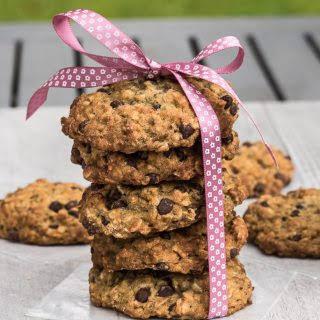 Vegan Chocolate Chip Oatmeal Cookies.