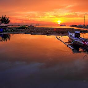 Suatu Pagi di Marapokot by Marcell Boli - Landscapes Sunsets & Sunrises ( bali, raja amapat, sumba, ubud, flores, indonesia, komodo, frightened tourist, travel, alor, monkey forrest )