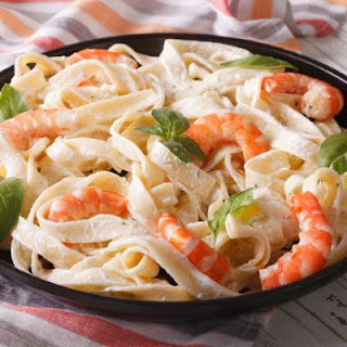 Creamy Chicken and Shrimp Alfredo