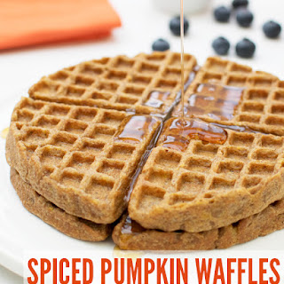 Spiced Pumpkin Waffles [vegan]