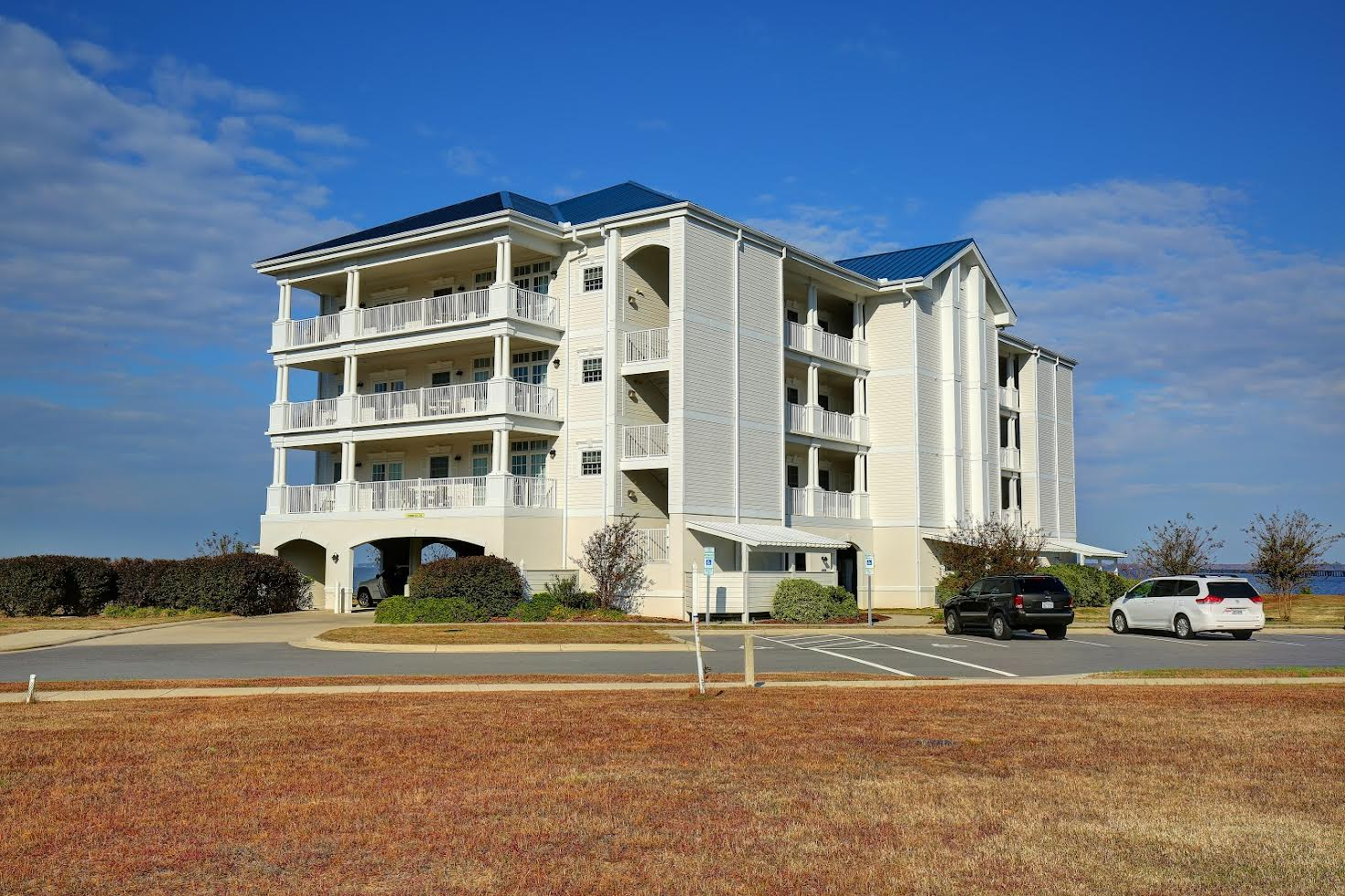Waterside Resort Picture Number 1