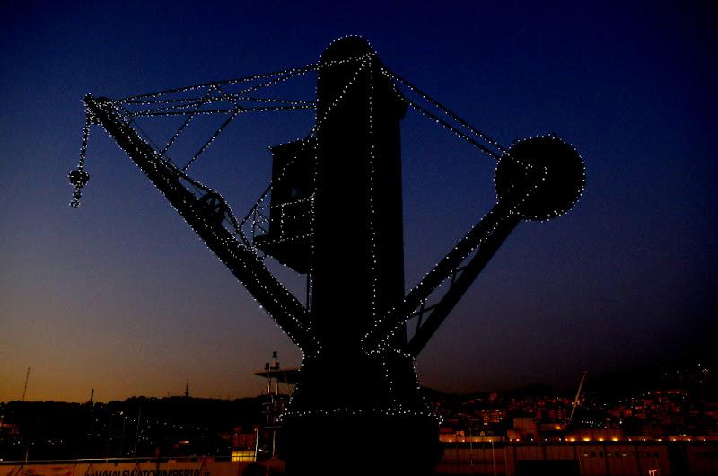 Antica gru al porto di Genova di guidocampani