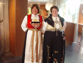 Photo: Ladies in traditional dress were having a commemorative event celebrating 100 years of the Norwegian Nursing Society.