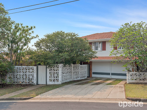 Photo of property at 4 Von Nida Street, Upper Mount Gravatt 4122