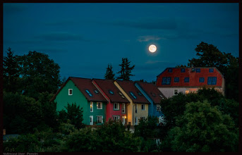 Photo: Vollmond über der Kleinstadt Penzlin