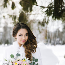 Wedding photographer Yuliya Karabanova (happymoment). Photo of 04.02.2018