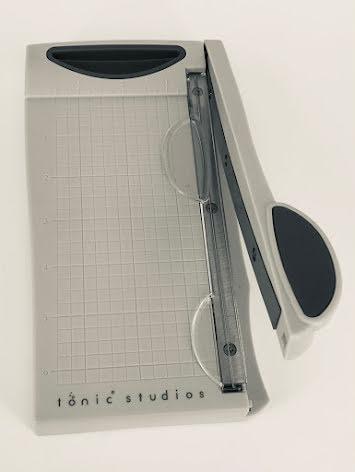 Tim Holtz Tonic Studios Craft Guillotine 16cm - 150EUS