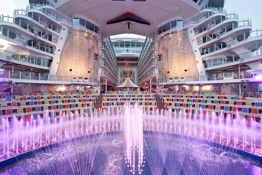 harmony-of-seas-aquatheater - Head to the AquaTheater on Harmony of the Seas for water-themed theatrical productions.