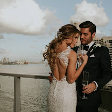 Wedding photographer Simon Bez (simonbez). Photo of 14.08.2018