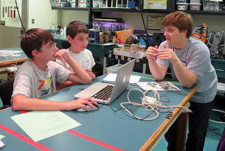Photo: MIT students teach our Gloucester kids