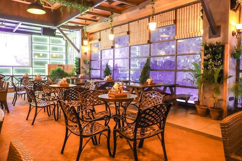 theme_restaurants_Gurgaon_green_house_image