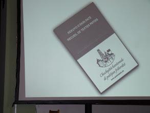 "Photo: Présentation du livre""Rèkuyon d'ékri patê"