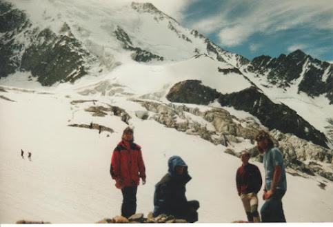 Eu, Manu, Arturo e Mundi no glaciar de Bionnassay