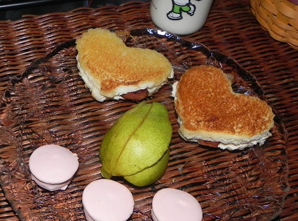 These sammies were made for my nephew Brendan who is 9 yrs old and...