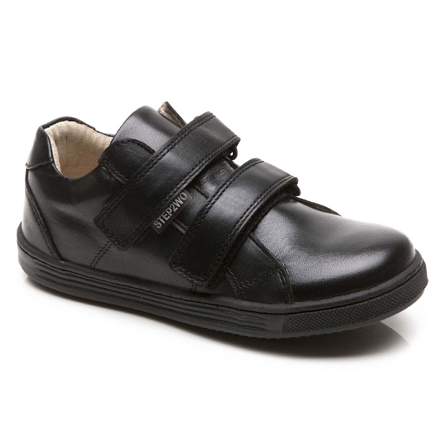 Caller - Double Hook and Loop Strap Shoe